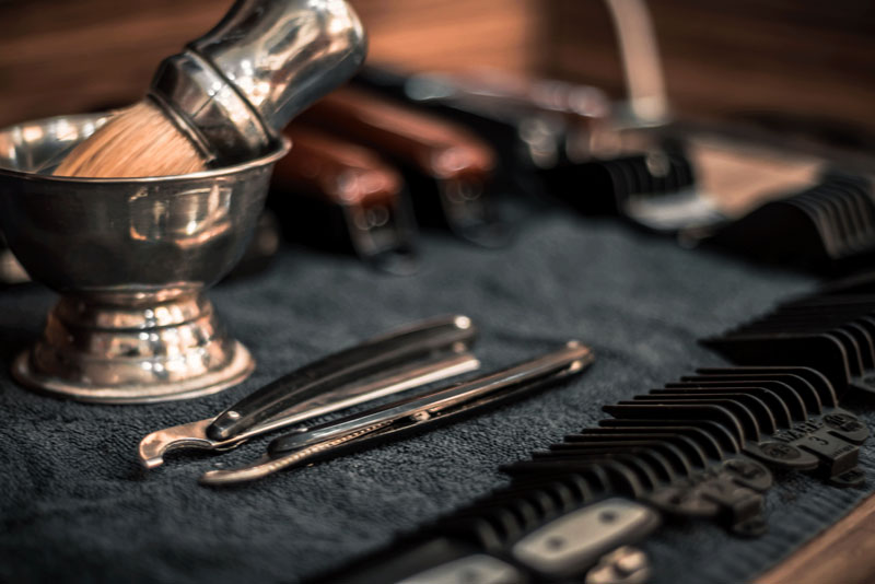 Beard Blade | Electric Shaver vs. Blade: Which One Is Right For You?
