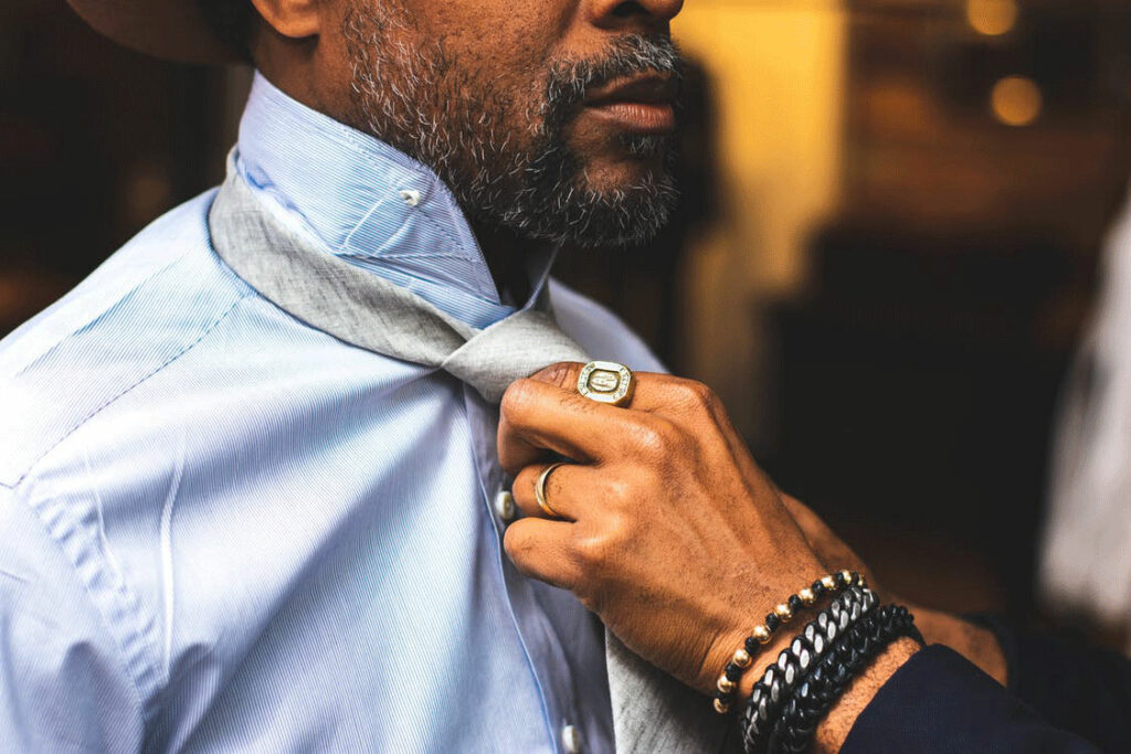 Fixing Necktie | Beard Lifestyle: How Growing A Beard Can Change Your Life